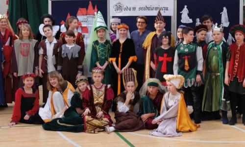 Moda w średniowieczu