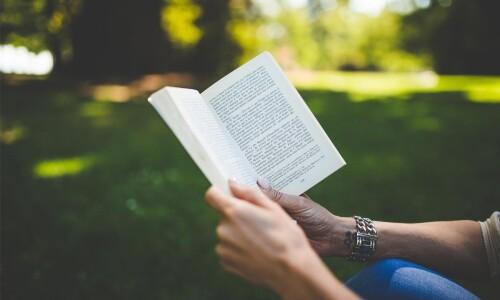 Nieco więcej czytamy