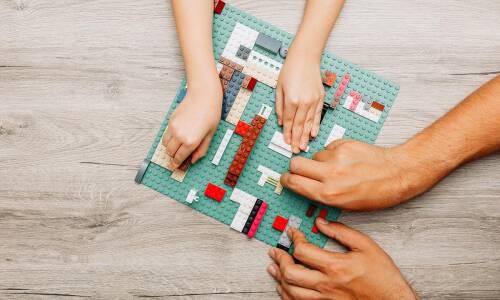 Lektura z klocków Lego