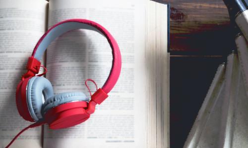 Audiobooki w zmediatyzowanej bibliotece
