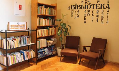 Uwalniamy książki. W bibliotece!