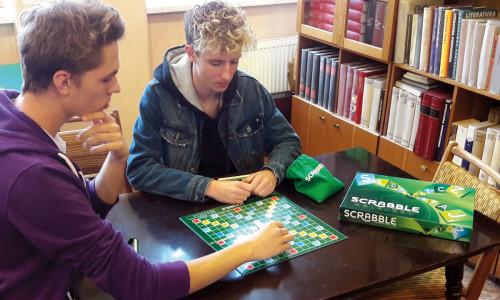 Kącik gier w małej bibliotece