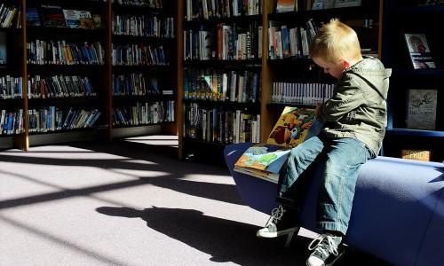 Książka i biblioteka to przyjaciele człowieka