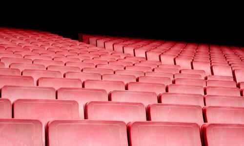 Z wizytą w teatrze