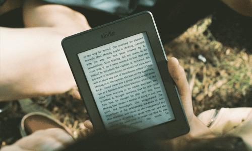 Udostępnianie filmów, audiobooków, e-booków przez biblioteki szkolne